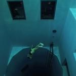 世界一深いプール!の記録は破られたNemo 33だけど、この映像の怖さは今もなお世界一!