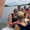 ボートの上でプロポーズ!照れた彼女の行動が不幸を引き起こしてしまう。