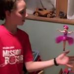 人気沸騰!手のひらの上で舞うフェアリー人形!本物とニセモノ(中国製)の飛びっぷりを比較!