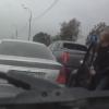渋滞トラブルなんのその!コワモテ男性のクレームを軽くあしらう予想外の乗員!