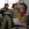 「散らかった部屋を一瞬できれいに見せる方法」というタイトルが付いていたGIFアニメ