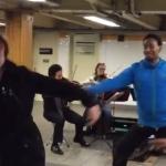 地下鉄で弦楽四重奏!通りがかったバレエダンサー集団が即興で踊り始める!