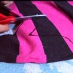 グルーガンで作るミトンの手袋!いらないセーターが10分で手袋に!