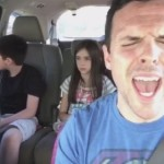 車で歌おうとした娘がパパに邪魔されて剣を抜く