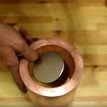 ネオジム磁石が銅管の中をゆっくり落下!なぜなにどうして!?