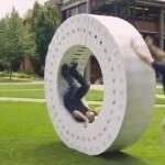 iMacの箱を36個使って巨大な車輪iWheelを作ってみた!