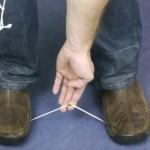 覚えておこう!道具を使わず紐を切るTIPS!