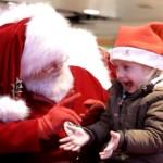 サンタすごい!サンタさんの手話に喜ぶ子供とお母さん!