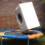 トランポリンを楽しむ洗濯機!
