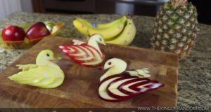 リンゴで白鳥の飾り切り!アップルスワンの作り方!